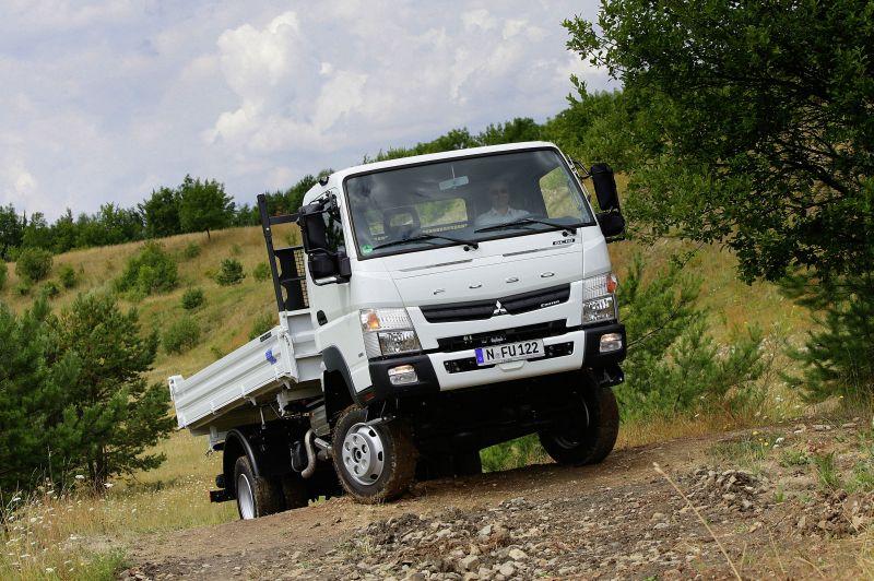 מודרני מיצובישי-פוסו קאנטר 4x4 ל-2014 | חדשות משאיות, מסחריות וטנדרים JQ-69